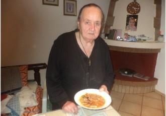 Γεωργία Γαλάνη-Κουρμούλη αγκουσελιανά μανιτάρια κρεμμύδια κατσαρόλα