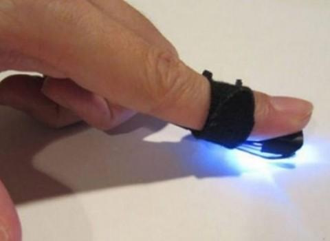 Autodesk Magic Finger μετατρέψτε επιφάνεια αφής