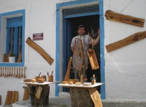 γιάννης βοσκάκης ξύλο ελιάς ξύλινες κατασκευές