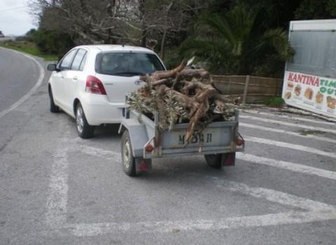 αυτοκίνητο ξύλα ζεστασιά χειμώνας