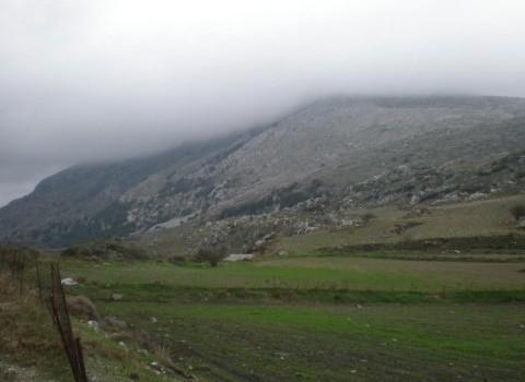 ομίχλη βουνά βροχή