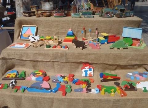 τεχνη κριση ξύλινα παιχνίδια Κώστας Κατερίνα Χαλκιαδάκη