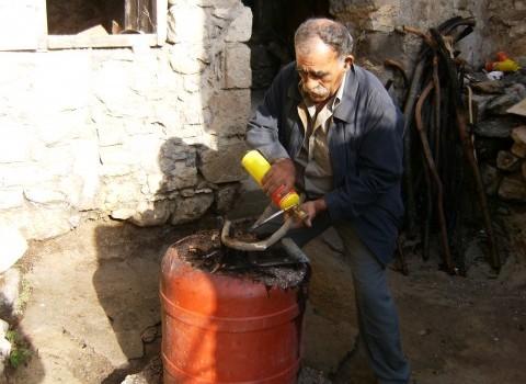 κρητική κατσούνα βαμβουκάκης κρουσώνας λιγωση φεγγαριού