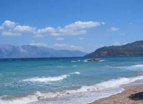 ελληνικές ακτές σκουπίδια κίνδυνος